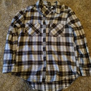 Long-sleeved flannel shirt